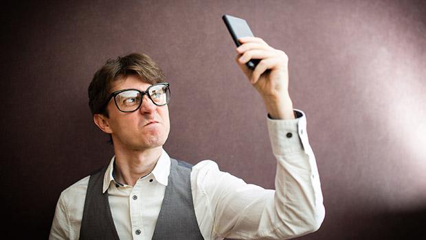 Μπλοκάρισμα εισερχόμενων κλήσεων και τηλεφωνικών αριθμών σε Android